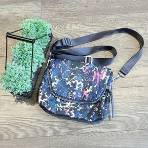Lululemon Party Om Bag *Foral backdrop/Deep Coral